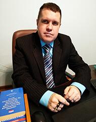 Юрист Олег Янович